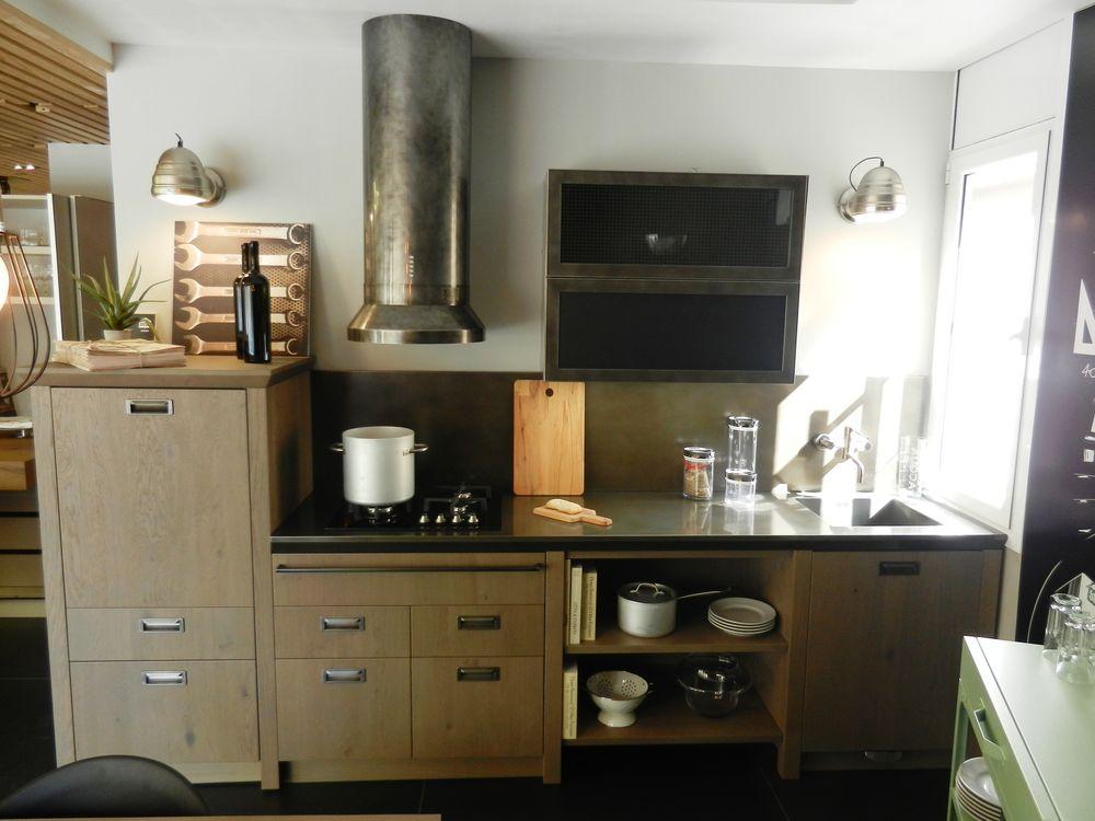 Cocinas de exposición en liquidación: Diesel Open Workshop