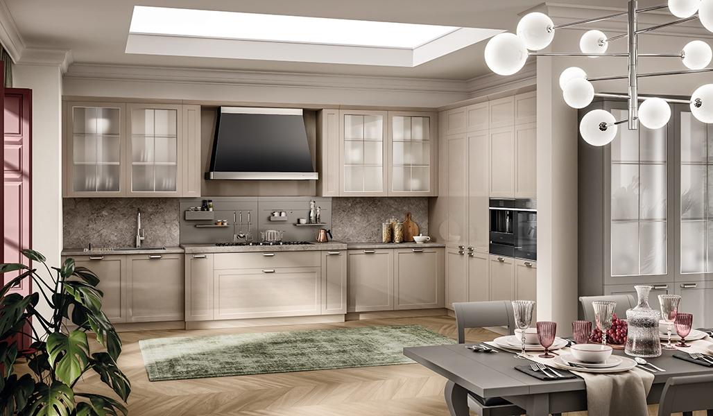 Cocina Carattere Restayling: Encimera de mármol Grigio Billiemi y panel posterior equipado Opus de metal pintado en los colores Desert y Silver Dark.