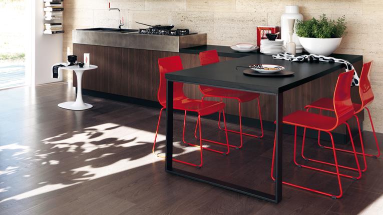 mesa_cocina_integrada_liberamente