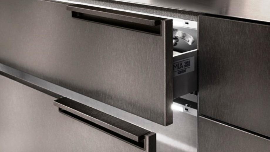 Cajones de cocina con iluminación interna