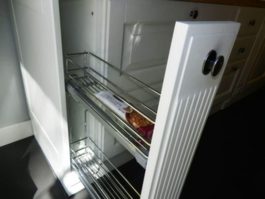 cocina baltimora exposicion mueble bajo estanterias extraibles