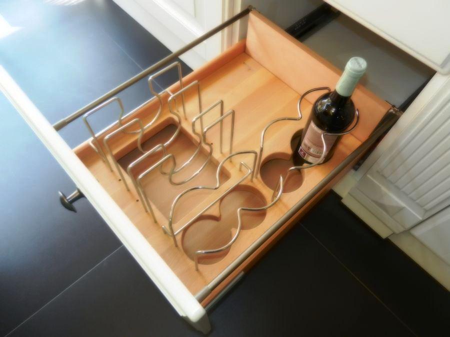 cocina baltimora exposicion cajon botellero y platero