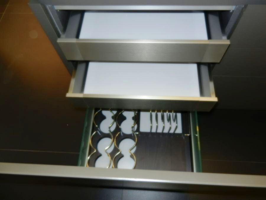 cocina foodshelf exposicion cajones de servicio